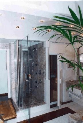 bagno padronale: doccia e sauna