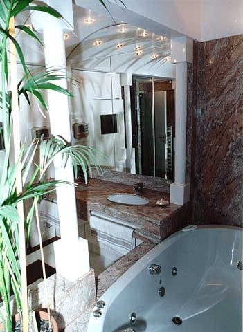 bagno padronale: dalla vasca idro ai lavelli